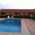 la piscine et nos chambres