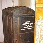 Antique Wardrobe Trunk from Gone With the Wind Set (Authentic)