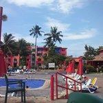 Pool 1 - Lounge Bar - Activities