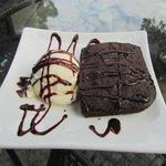 Brownie + ice cream, need we say more?
