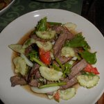 Yum Ngau Yang - Sliced grilled beef with cucumber, onion and tomato