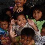Kindjes uit het buurdorpje