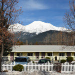 Cold Creek Inn - Mt Shasta