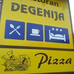 The restaurant that you couldn't miss their pizza