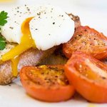 Perfect Poached Eggs from the Farm
