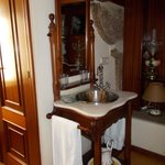 washbasin in room 201