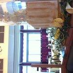 Salle petit déjeuner avec de magnifiques colonnes...