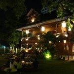 Baan Jangarpor restaurant with garden