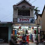 Tony The Tailor-Hoi An-Viet Nam