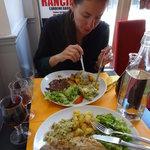 Цена блюд 10-13 евро