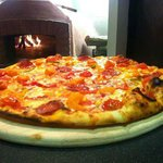 Wood Fired Oven & Fresh Pizzas