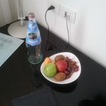 Complimentary water and fruit for Leonardo advantage club program
