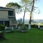 huis en tuin met uitzicht