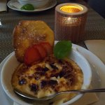 Crema catalana con tejas de naranja