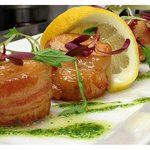MAPLE GLAZE BACON WRAPPED SCALLOPS
