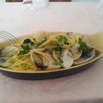 spaghetti con le vongole una specialità del Ristorante Gallo