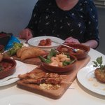 6 portions of Tapas