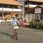Cruiser bike at the Super 8 -- Fun!