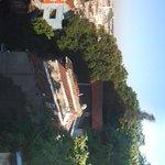 Vue panoramique sur la terasse de l'hôtel