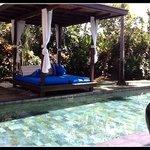 villa Magna poolside