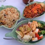 Pineapple Raisin Rice, Pad Thai, Vegetables with Peanut Sauce