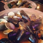 The BEST clams & mussels!!!
