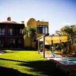 EL HOTEL - THE HOTEL
