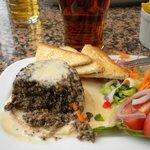 Haggis on toast with Drambuie sauce