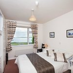 Double Room Ensuite at The Waterfront House