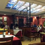 salon restaurant caffe 90