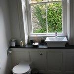 Annis Bathroom