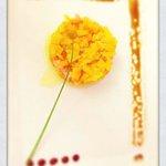 Tartare de saumon au poivrons jaunes confits