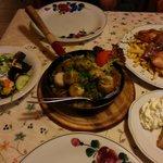 Mixed grill, dumplings, salad and apple strudel