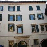 façade sur la corticella (càd une cour intérieure)