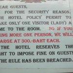 Hotel entscheidet ueber Gaeste