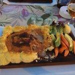 Piña cafe & restaurant mega food