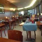 Le Grand Cafe Photo