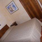 hotel italia - stanza nr 36 - letto