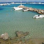 Piso Livadi Port