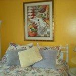 Apartment C Queen Bedroom