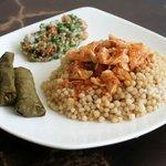 Restaurante árabe Barranquilla - Doña Linda - Marmaón, hojitas de parra y tabbule