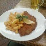Fries n Weiner Schnitzel