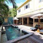 Sienna Villa pool