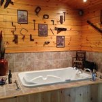 the workshop cabin jacuzzi
