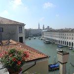 le grand canal vue de la terrasse de l'hôtel