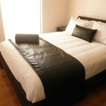 Buffalo room with queen size bed incl ensuite bathroom