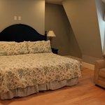 The Loft - Second floor bedroom