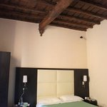Nice room & authentic balks))