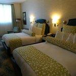 Bedroom - Queen - 1st Floor