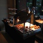 Breakfast buffet Restaurant Pearl